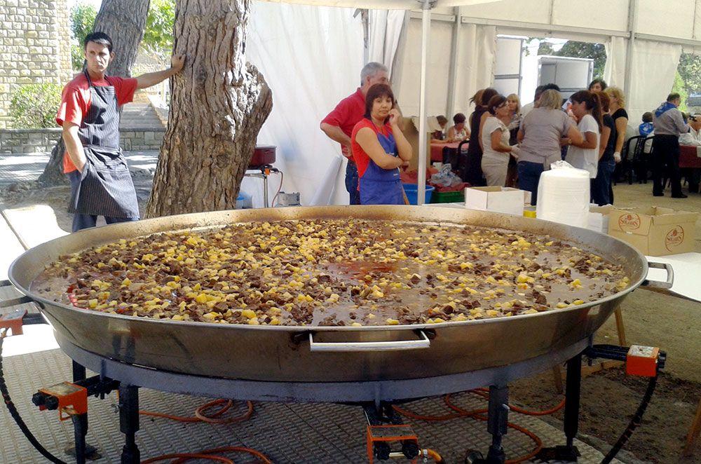 Carne a la pastora. Comida popular en Curbe - Los Monegros (Huesca)
