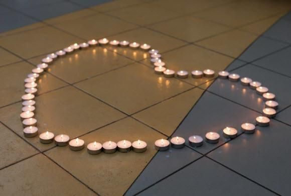 How To Remove Candle Wax From Tile Cleaning Tips Pinterest Wax