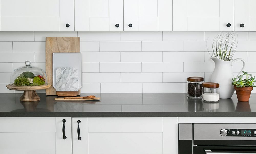 5 Studio Gazette Jeffrey Court Showroom Designer Collection Kitchen Tiles Design White Subway Tile Kitchen Kitchen Remodel