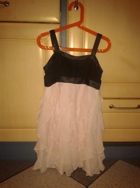 Kleid Größe 134 von H& M | Modestil, Kleidung, Junge mode