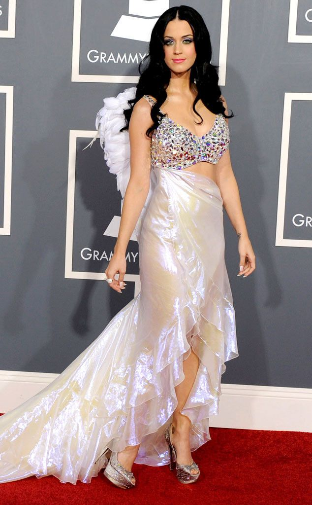 Photos From Grammys Red Carpet Look Back E Online Katy Perry Grammy Katy Perry Photos Katy Perry Gallery