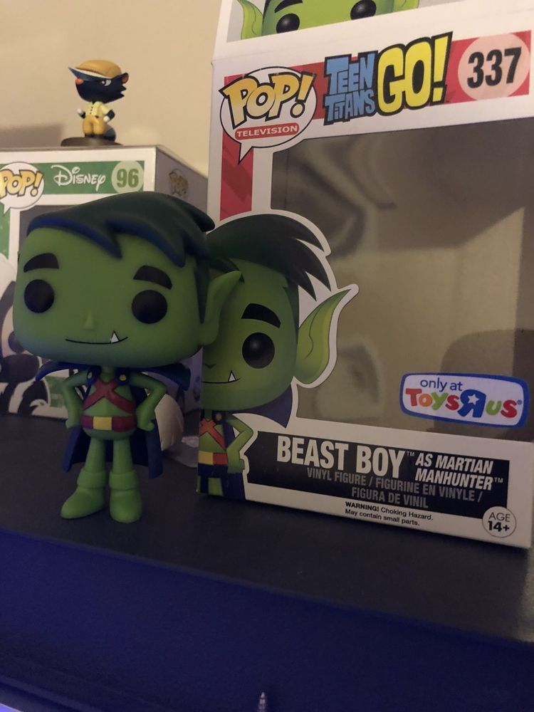 Funko Rare Factory Error Toys R Us Exclusive Naked Beast Boy