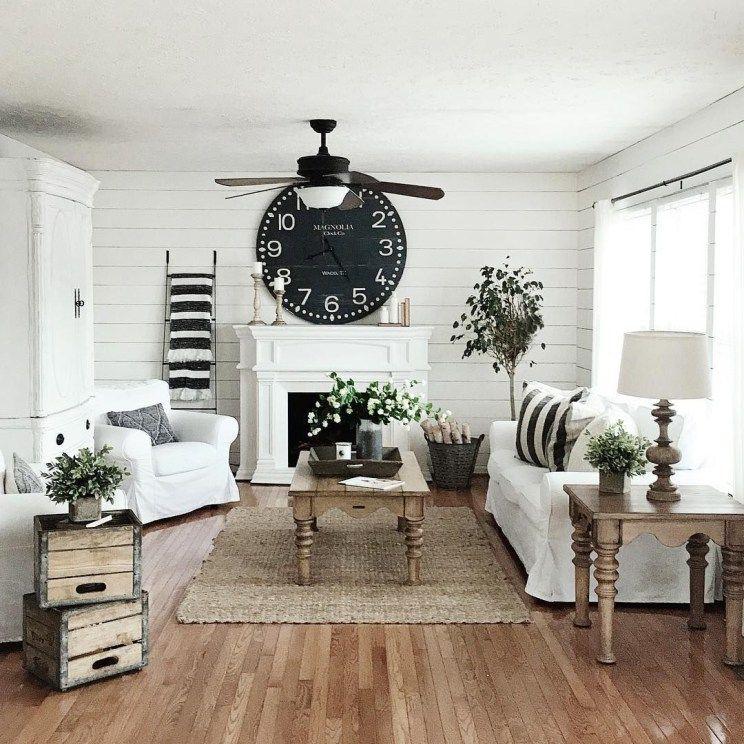 44 Simple Rustic Farmhouse Living Room Decor Ideas Decoraiso Com Farmhouse Decor Living Room Modern Farmhouse Living Room Decor Farm House Living Room #rustic #farmhouse #living #room #ideas