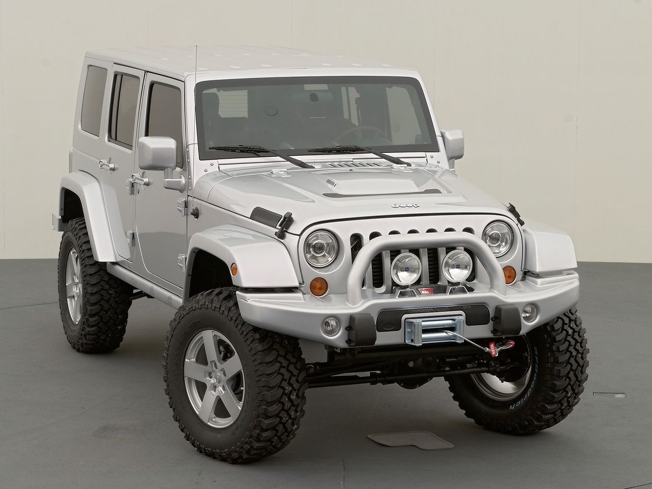 Jeep Wrangler Rubicon Unlimited Photos News Reviews Specs