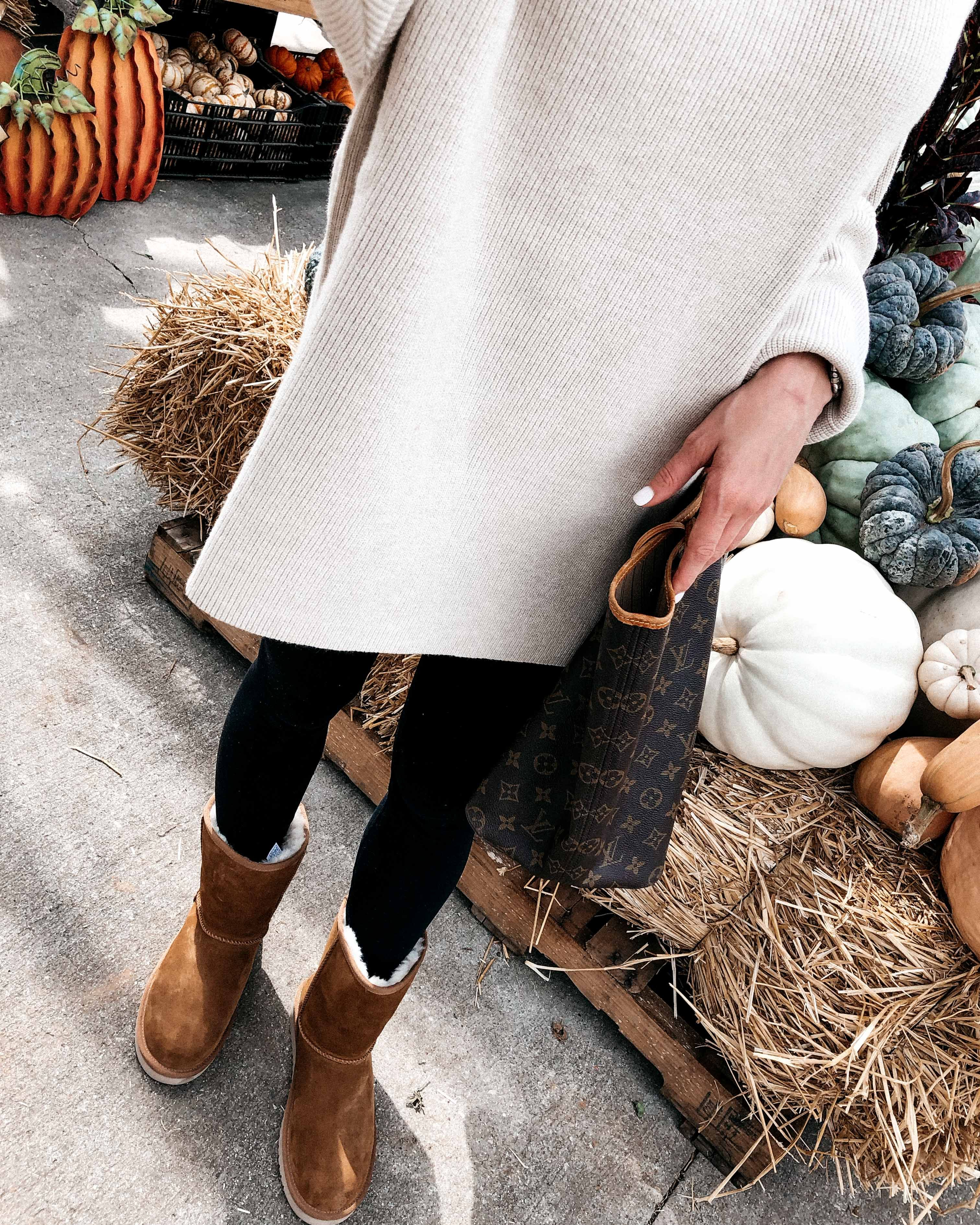 f71b3d4fcac The BTD Fall Bucket List with Koolaburra | Fall Outfit Ideas | Fall ...