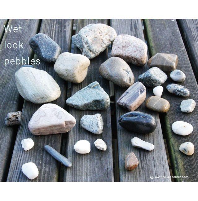 Wet Look Pebbles How To Keep Your Beach Pebbles Looking Shiny Hellie S Corner Http Www Helliescorner Co Garden Crafts Diy Fairy Garden Crafts Rock Crafts