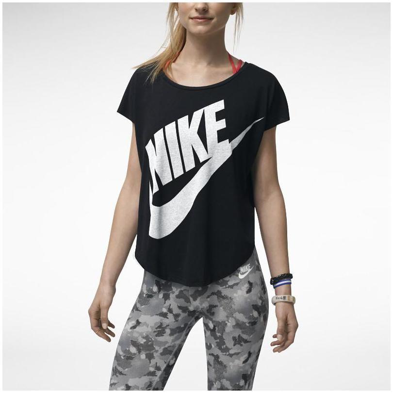 nike t shirt for ladies