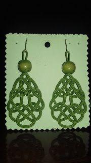 artesania132: Pendientes de algodón verde con ganchos hipis