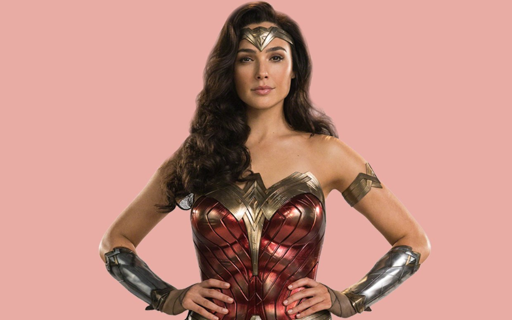 Gal Gadot Says She Thinks About Wonder Woman Irl She S Become A Big Part Of Me In 2020 Wonder Woman Gal Gadot Gal Gadot Wonder Woman