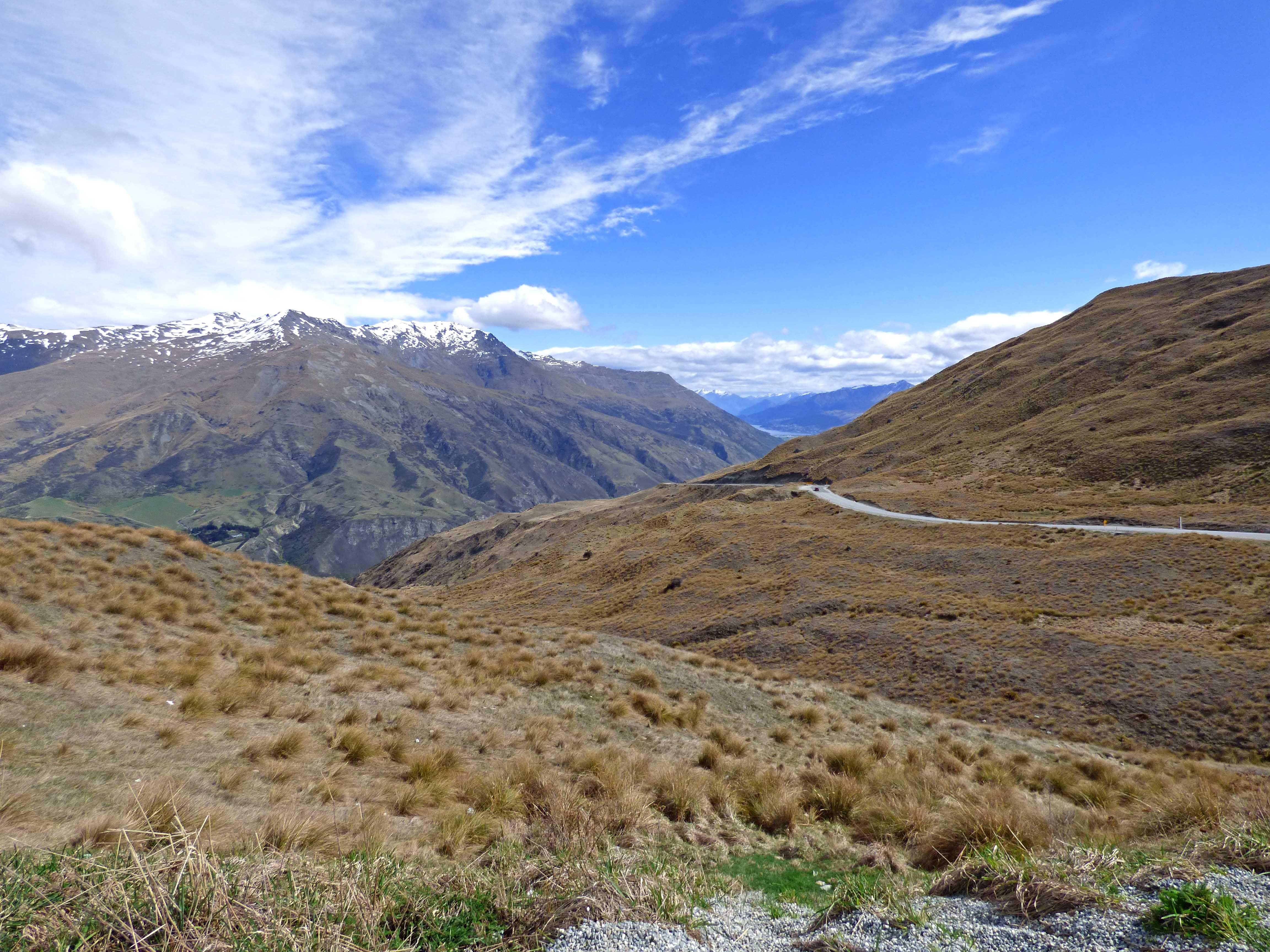 La Nouvelle-Zélande est assurément une destination qui fait rêver. En 2016, mon père et moi avons arpenté 6000 kilomètres de route sur les deux îles afin d'admirer des paysages grandioses, pittoresques et extrêmement variés. Je vous dévoile ici notre route.