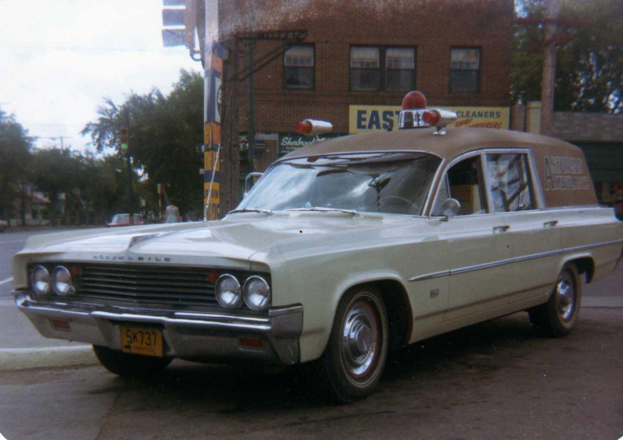 1963 Oldsmobile Ambulance General Motors Olds (Astorian ambulance ...