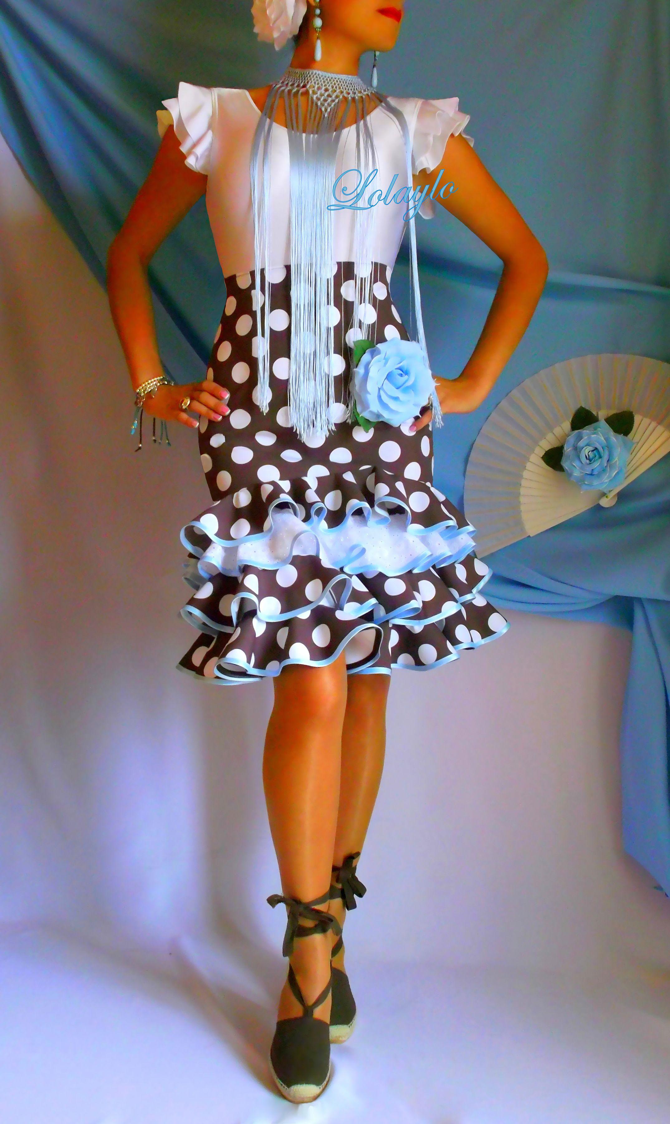 Simple y con estilo peinados para trajes de flamenca 2021 Colección De Cortes De Pelo Ideas - lkv cort 4 v. choco-celeste   Vestidos de lunares ...