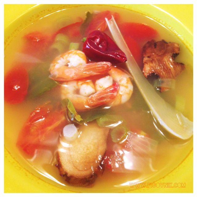 Tom yum goong – thajská polievka s krevetami