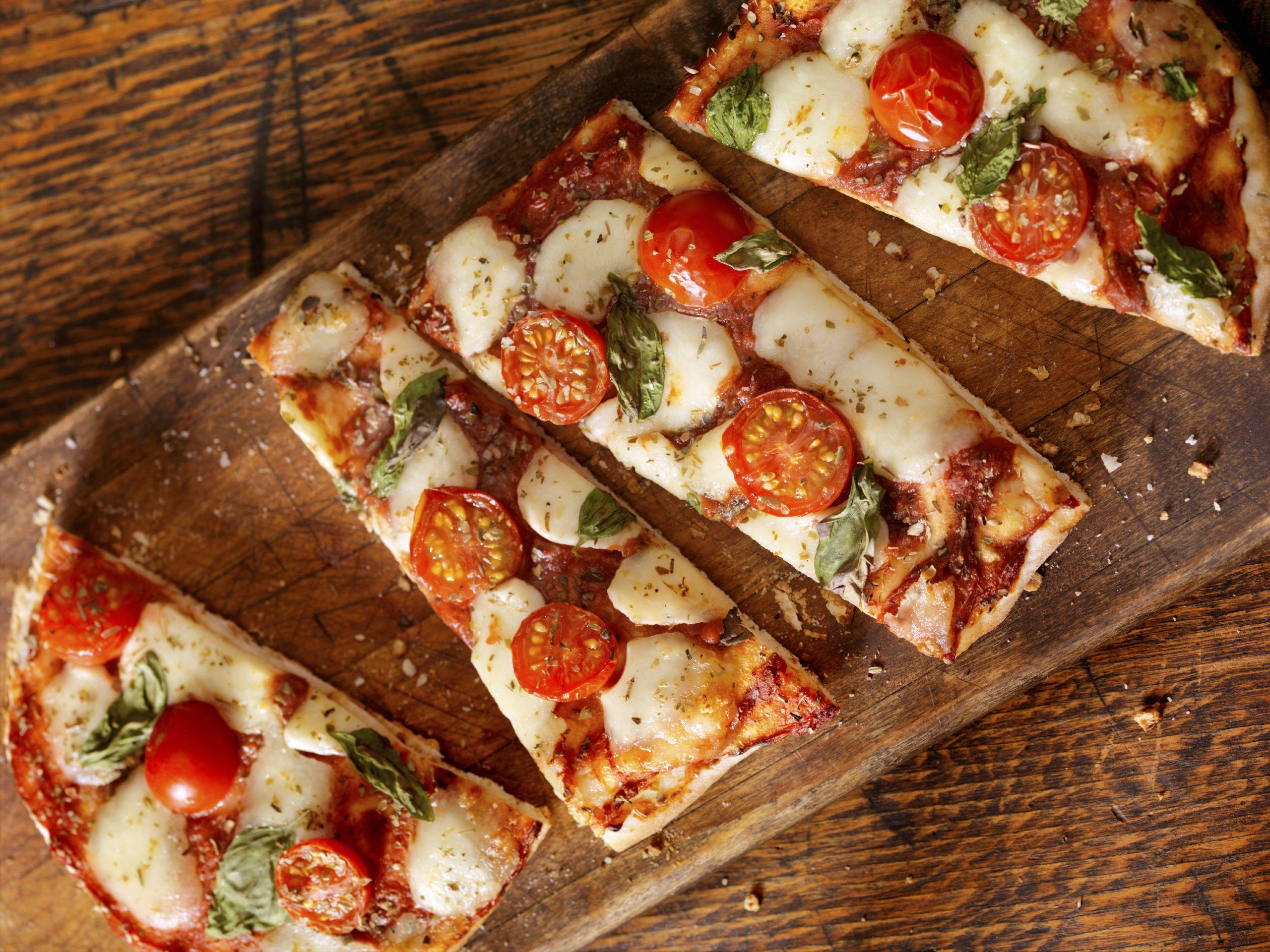 8 Recettes Faciles Que Les Enfants Adorent Recette Pizza Facile Recettes De Cuisine Recette Facile