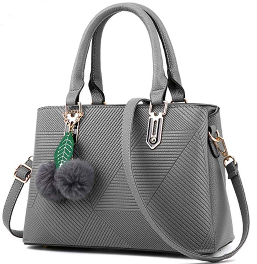 7f1f6b6295a3 Famous designer handbags for women that are very comfortable ...