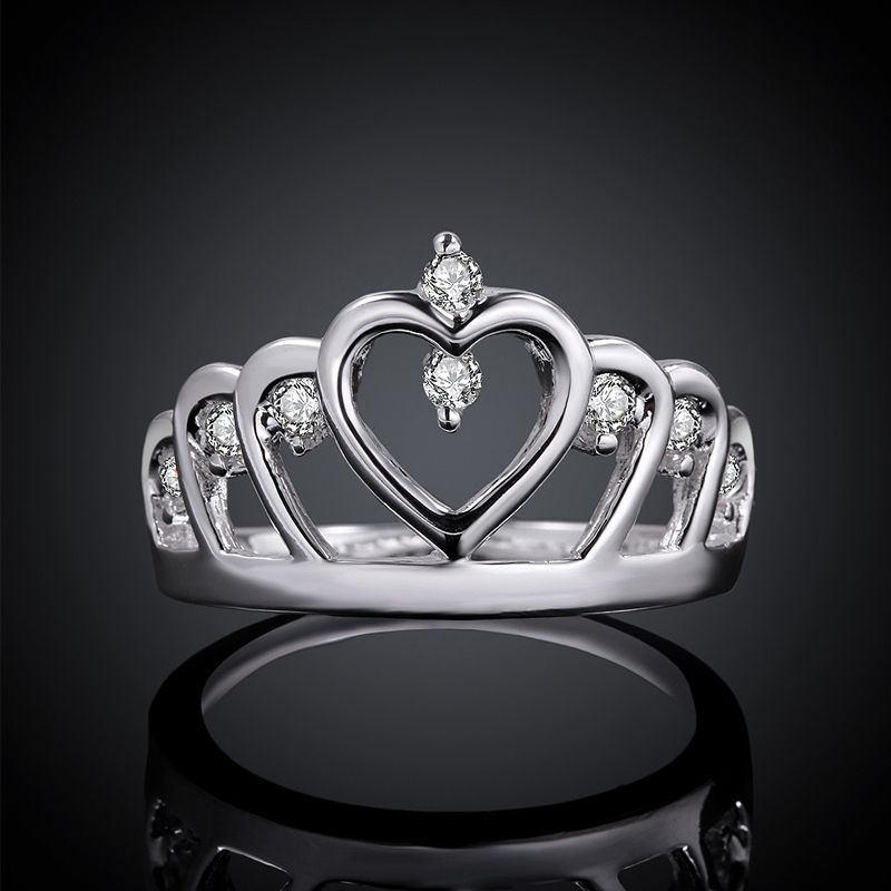 2017 New Romantic Silver Engagement Ring Women Classic Crystal Queens Crown Wedding Rings For Statement