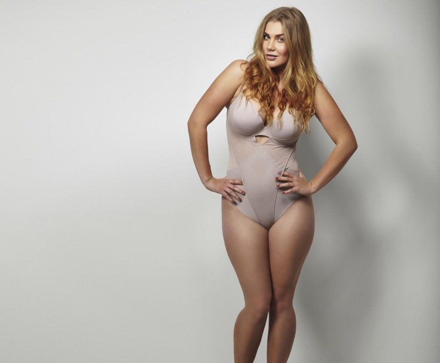 shapewear and spanx for wedding day gorgeous curvy brides bridal lingerie advice