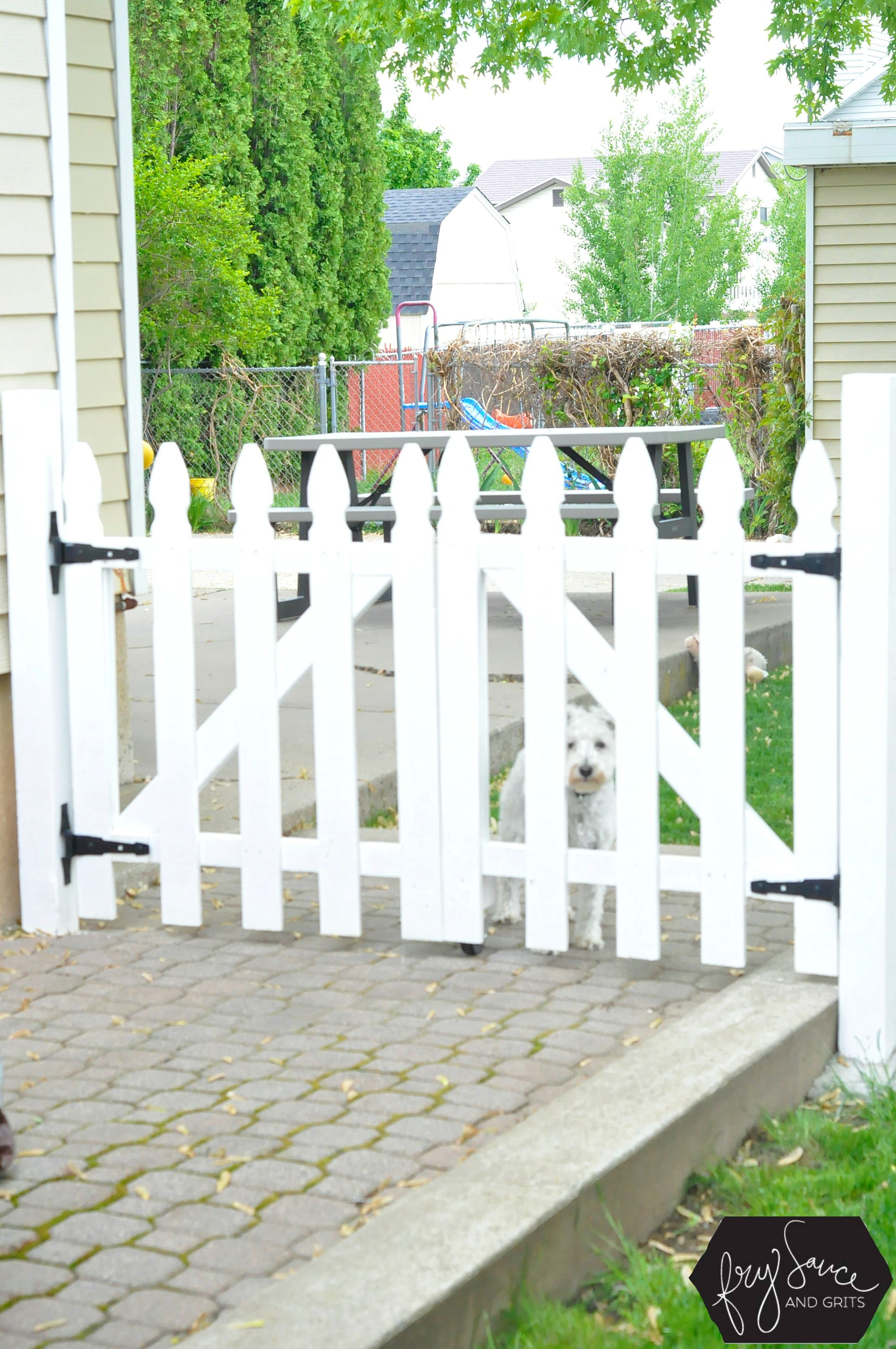 The Perfect DIY White Picket Fence Gate | White picket fence ...