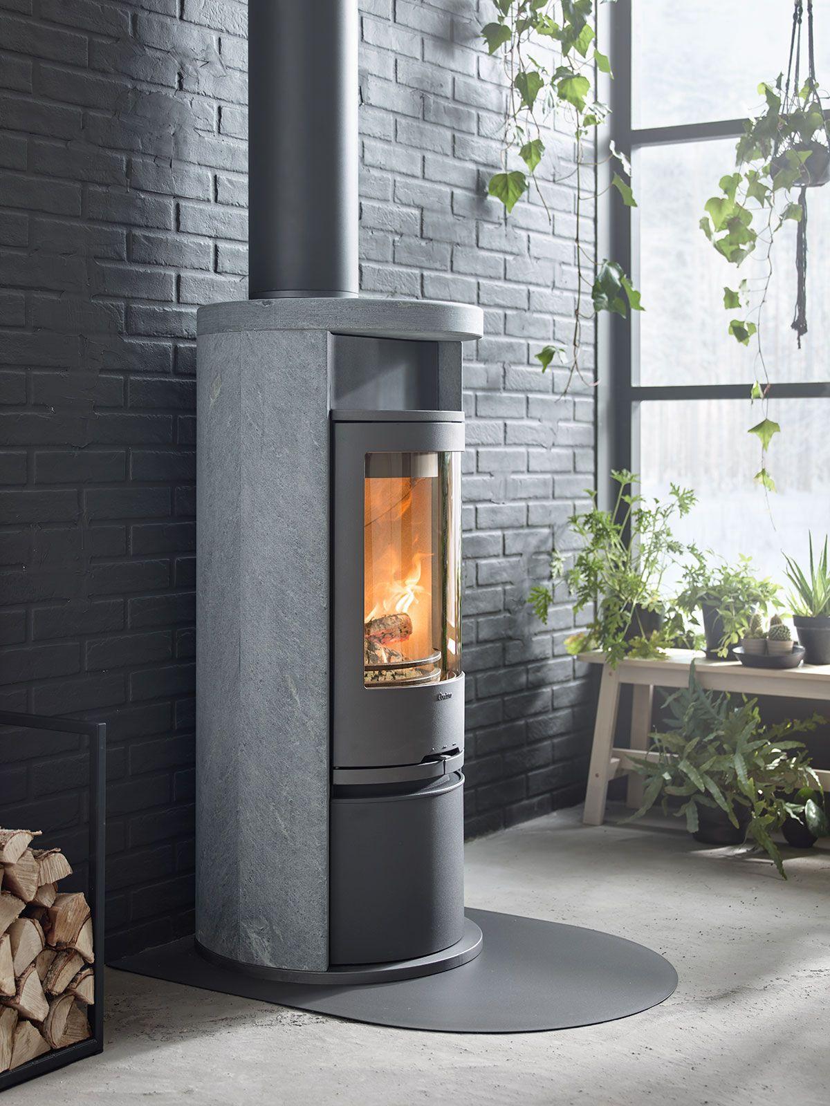 contura 620t has a surround in heat retaining soapstone the model