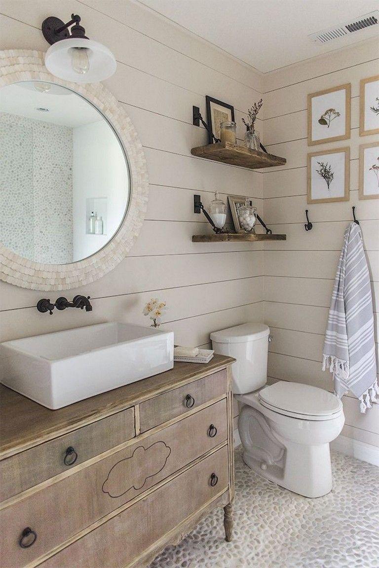80 Good Modern Farmhouse Master Bathroom Remodel Ideas | Bathroom