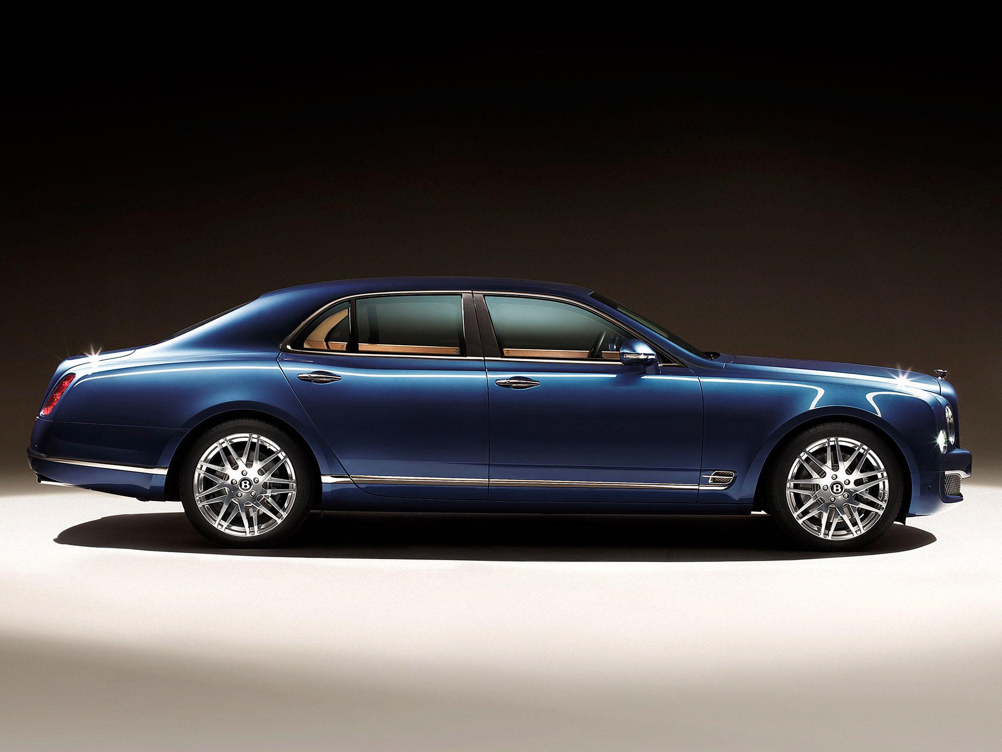 Bentley-Mulsanne-Executive-Interior-2012