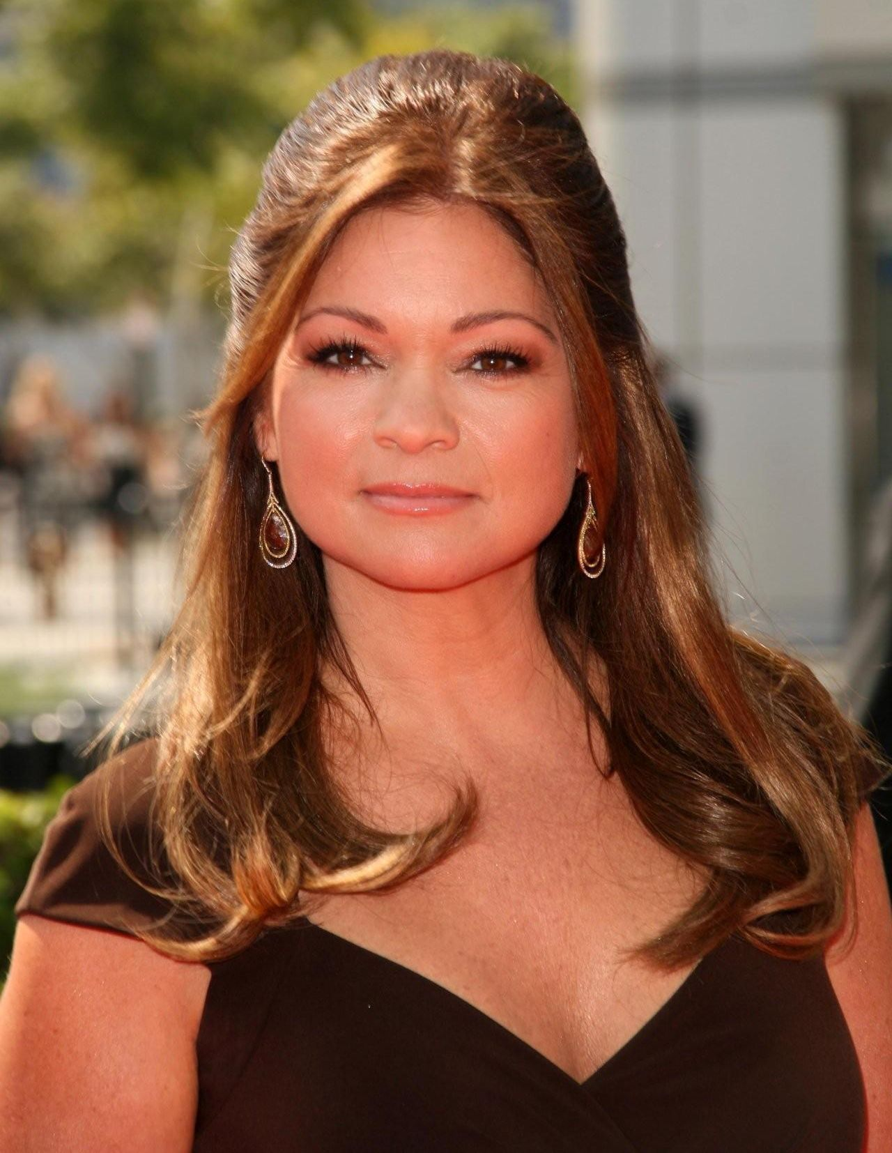 Valerie bertinelli b 1960 over 40 beautiful sexy for Who is valerie bertinelli married to