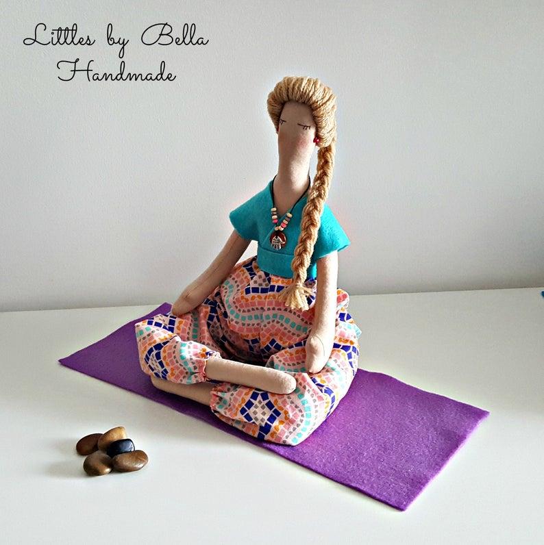 Muñeca de yoga Soft escultura regalo a yoga maestro muñeca | Etsy