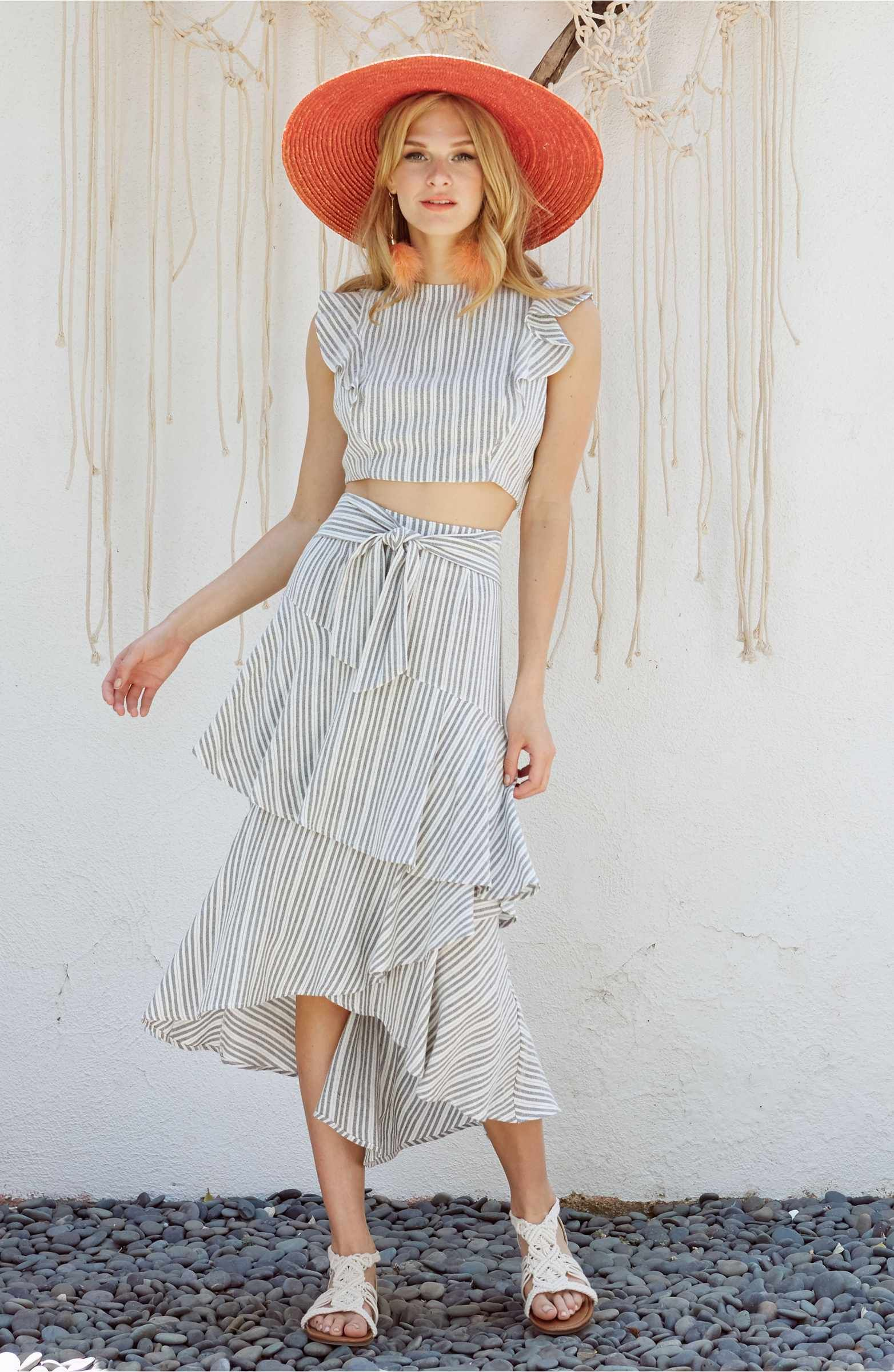 Lost + Wander Vacay Flutter Sleeve Crop Top Beautiful