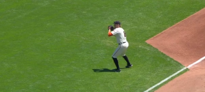 ▶︎ Pence turns two with laser-beam throw | SF GIANTS