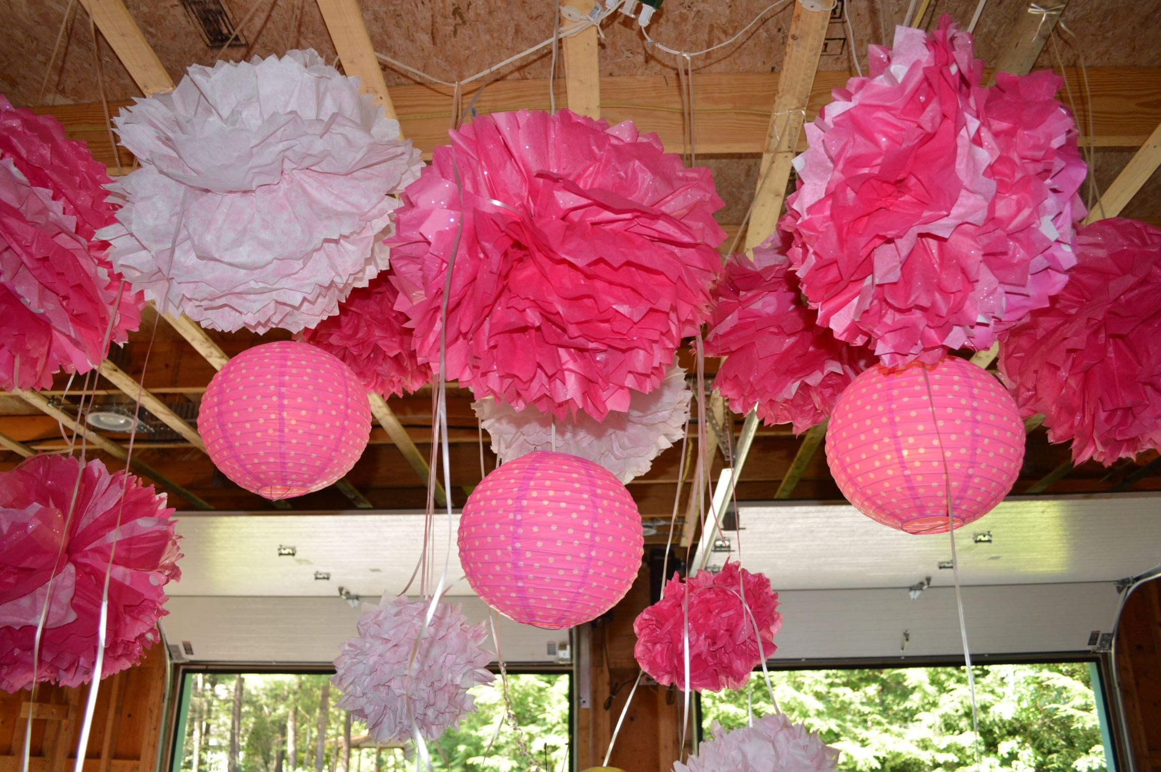 Pin By Allie Wright On What I Love Affordable Party Decorations Garage Party Decorations Cupcake Wars Party
