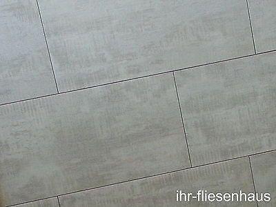1m-Feinsteinzeug-Bodenfliesen-Graffiti-Grigio-La-Fenice-30-8x61-5 ...