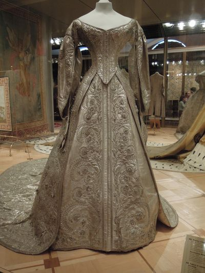 Ghosts of Imperial Russia — Ceremonial coronation dress of ...