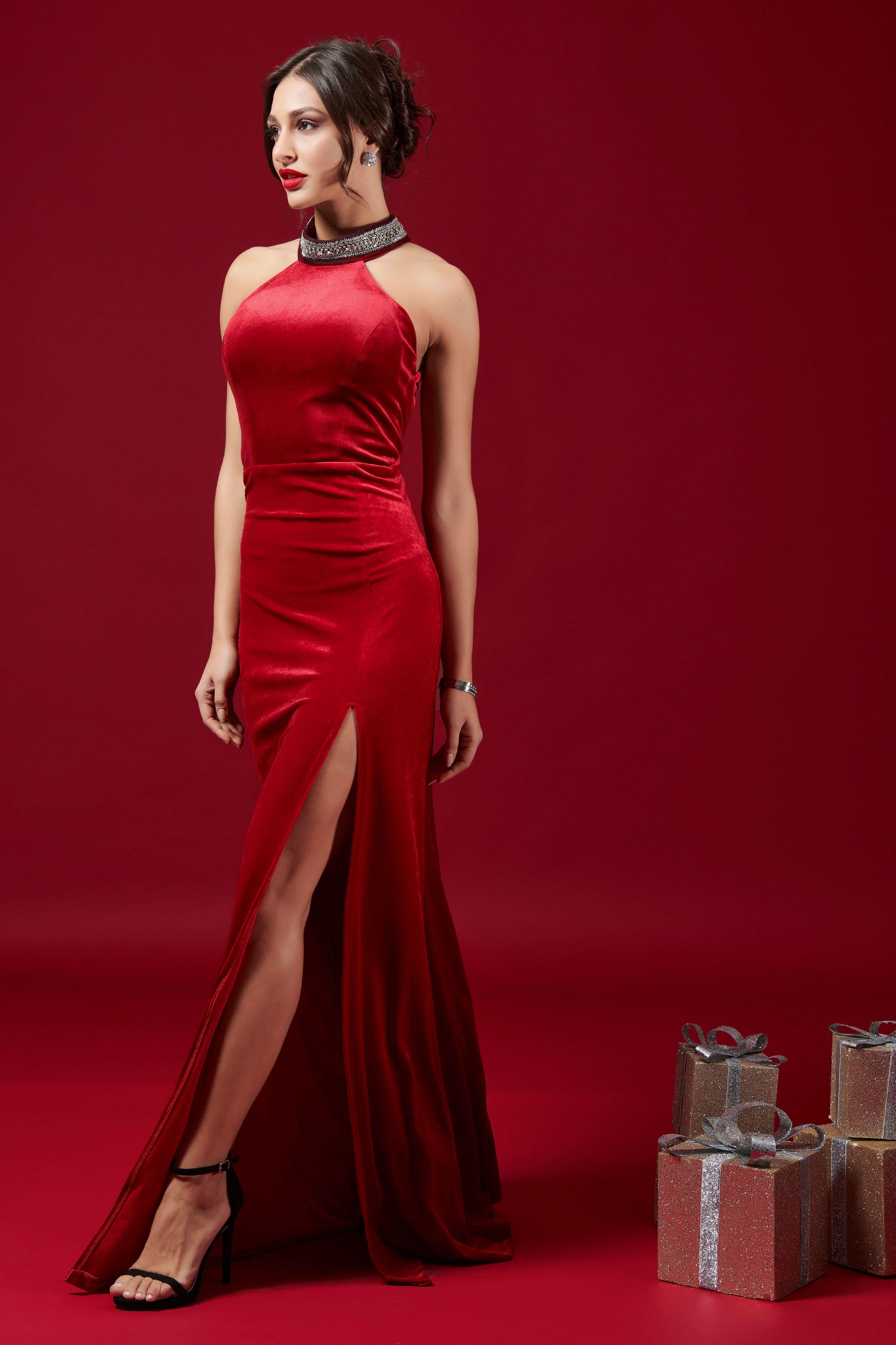 738b2d05ab18 Maxi βελούδινο φόρεμα σε κόκκινο   μαύρο χρώμα από τα Joy Fashion House!