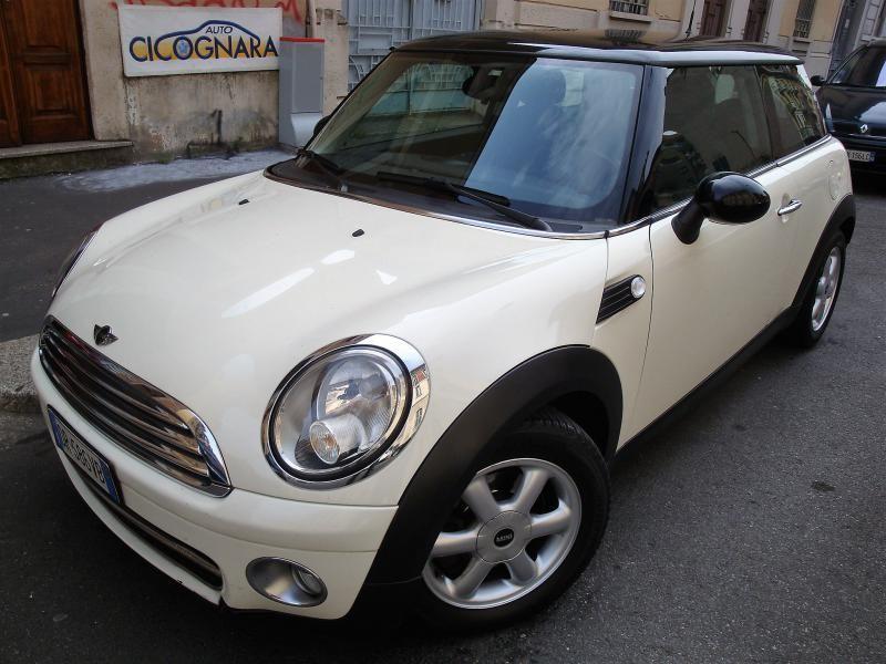 Auto Cicognara: Auto Usate e Service a Milano - 3939578915 (anche WhatsApp) NUOVO ARRIVO:MINI Cooper D 1.6 16V usata. CLICCA sulla foto vedi la scheda completa ! STAY TUNED !!! Scarica dal tuo  SmartPhone la nostra utilissima App gratuita: onelink.to/7eebqu #AutoCicognara #AutoUsate #Officina #Carrozzeria #CambioOlio #TagliandoAuto #PastiglieFreni #RevisioneAuto #Milano #AC63MI #WhatsApp #MINI #CooperD