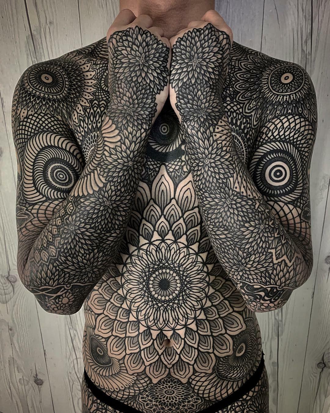 Henna Tattoo Seminyak: Татуировка