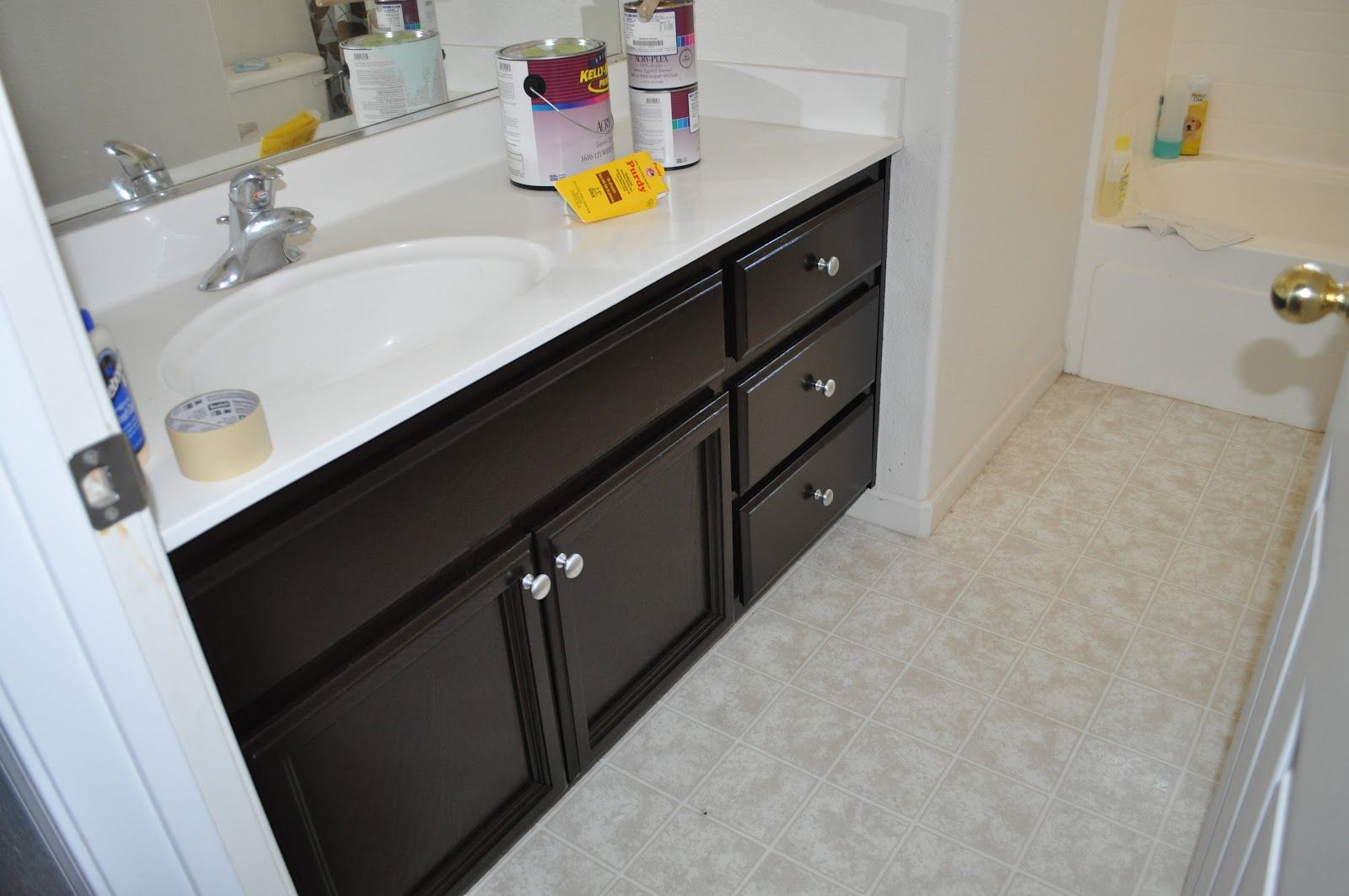 Use Stain Gel To Make Your Nasty Cabinets Look Amazing