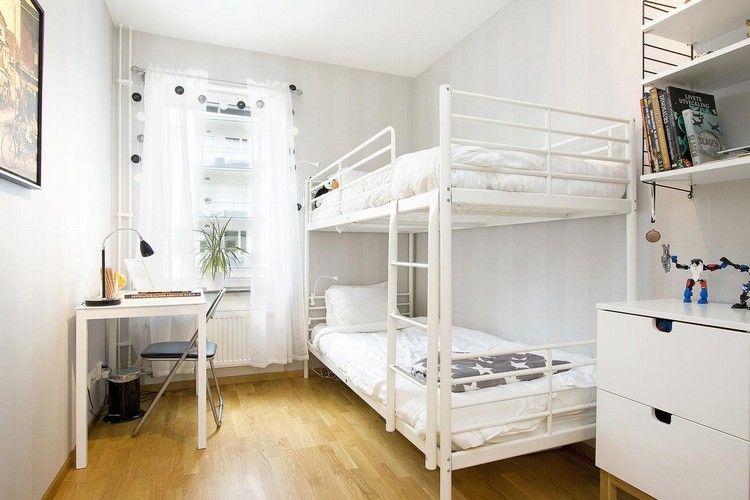 Etagenbett Zubehör Setup : Metall etagenbett in weiß und kleiner schreibtisch jugendzimmer