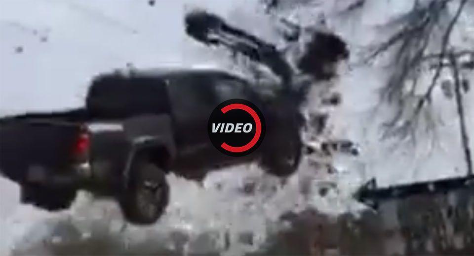 Toyota Tacoma Soars Like An Eagle During U.S. Police Chase | Toyota ...