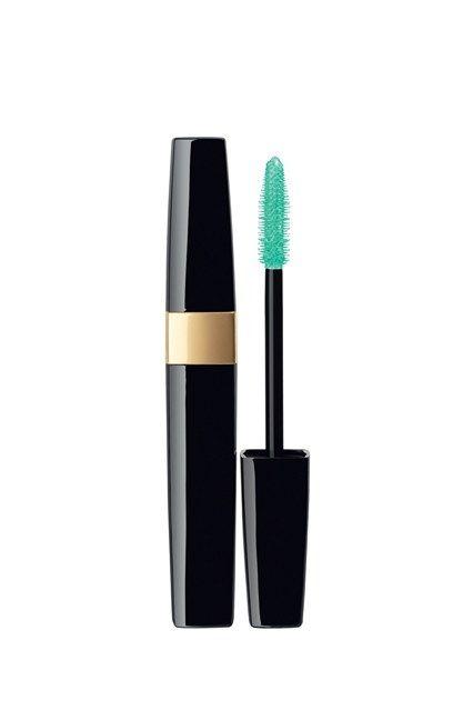 Chanel Inimitable Waterproof Mascara in Lime Light.