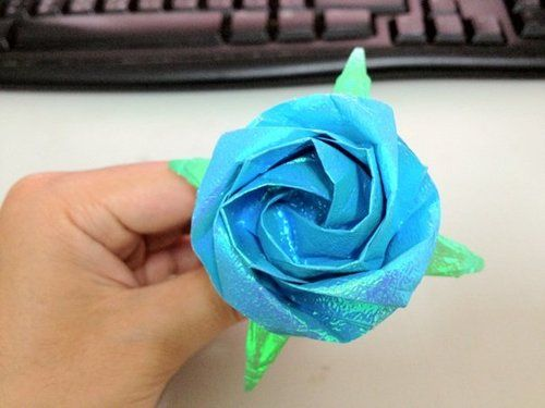 Eagle 摺紙: 摺紙教學 新川崎玫瑰 New Kawasaki Rose in 2020 | Origami flowers, Flowers