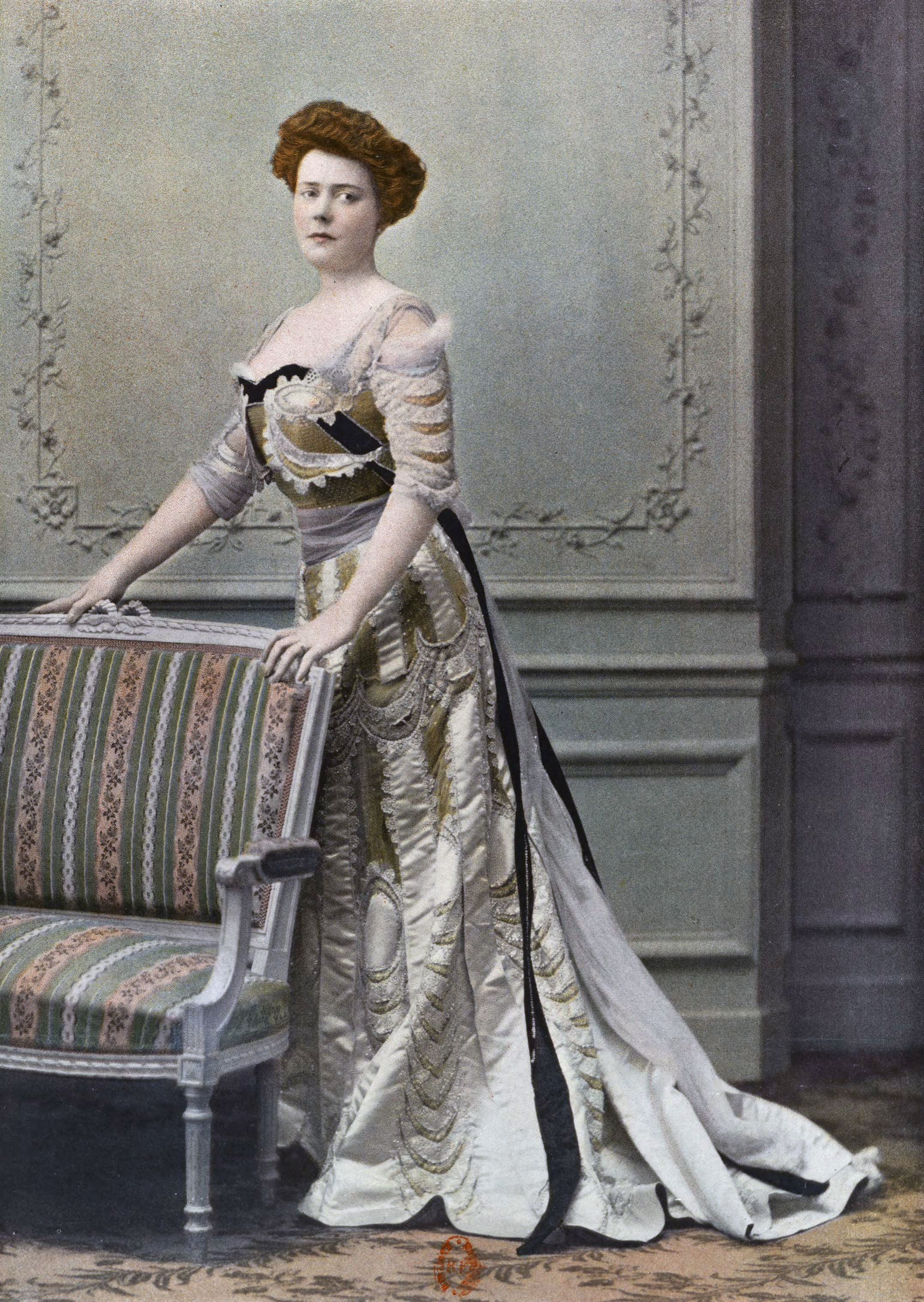 1901 February, Les Modes Paris - Ball gown \