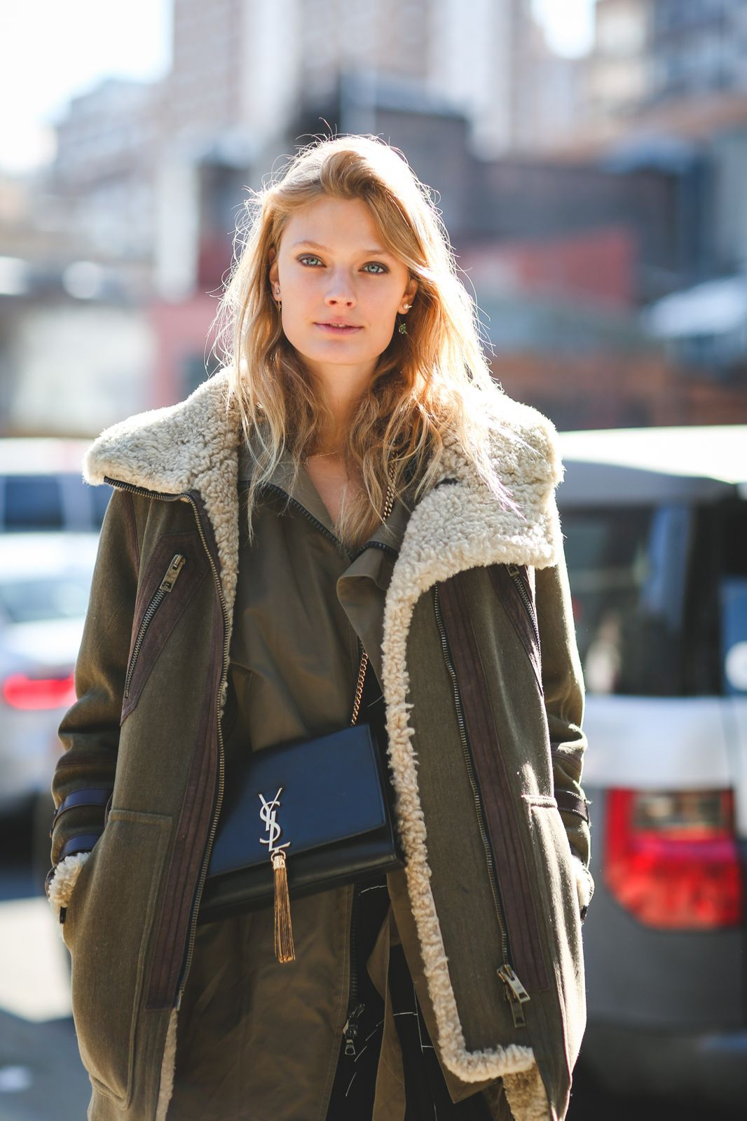 Lessons In Layering From The Streets Of New York City #refinery29 http://www.refinery29.com/2016/02/103173/ny-fashion-week-fall-winter-2016-street-style-pictures#slide-118