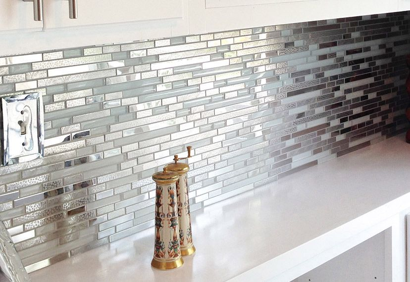 Modern Random Mixed Tile With White Glass And Textured Metal