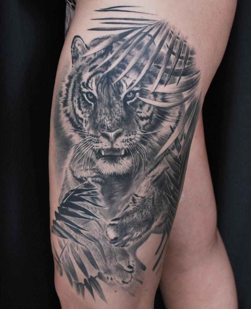 Black And Gray Realistic Tiger Artist Janis Anderson Tiger Tattoo Animal Wildlife Leaves Palm Real In 2020 Jungle Tattoo Animal Tattoos Black And Grey Tattoos