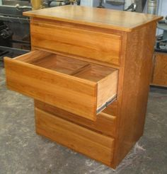 Exceptionnel Free Dresser Plans   How To Build A Chest Of Drawers