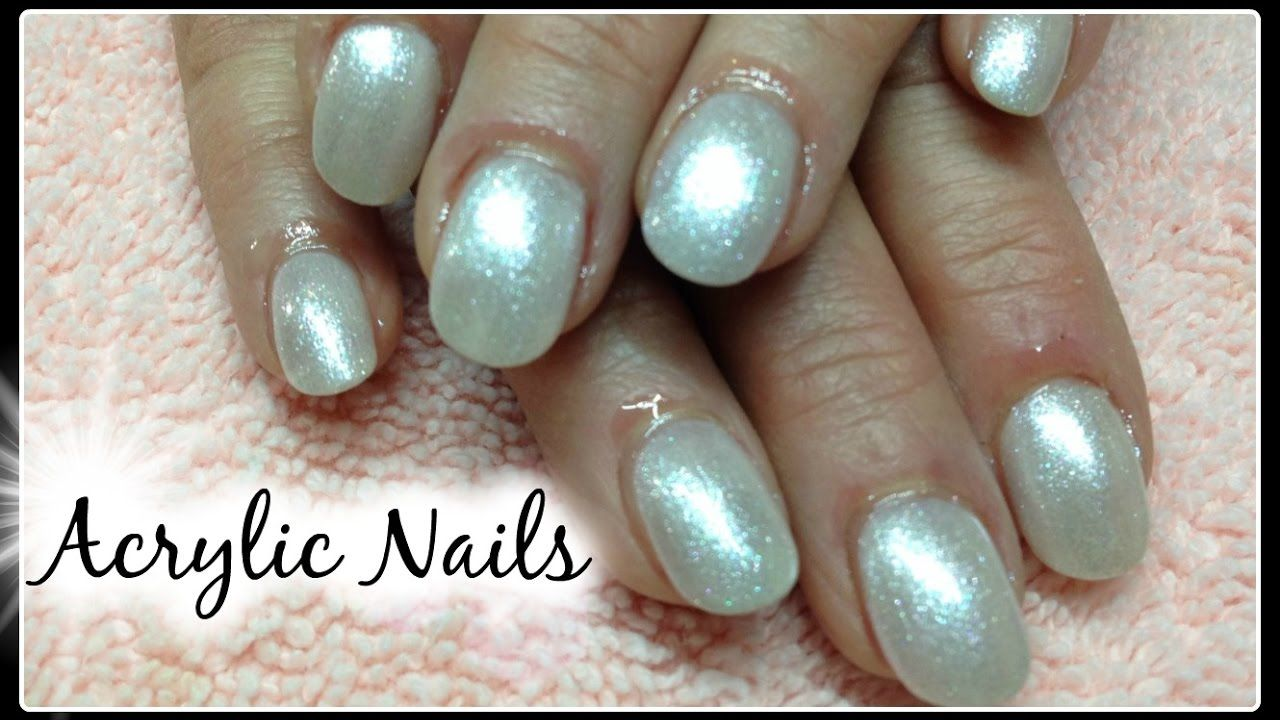 How to Shape Round Acrylic Nails Follow http://www.youtube.com/c ...