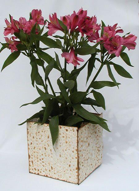 matzah vase for passover
