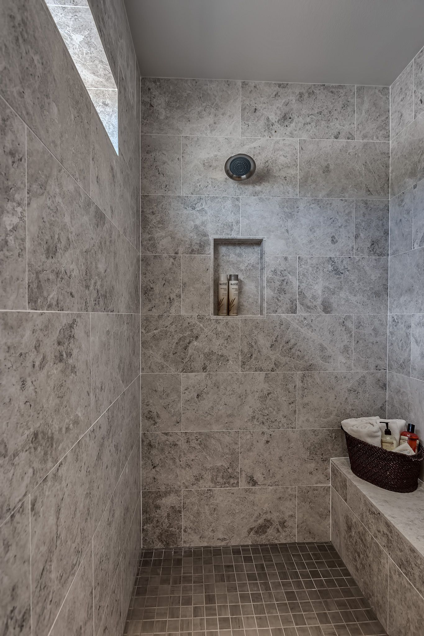 Zero Entry Walk The Master Shower Shave Ledge And Tile Floorpan Fresco