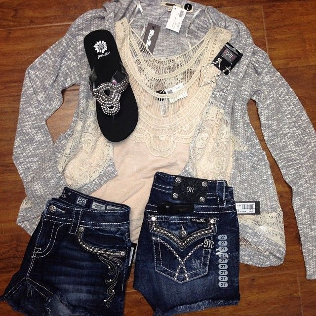 e52bca40f3b Miss Me Jeans outfit!