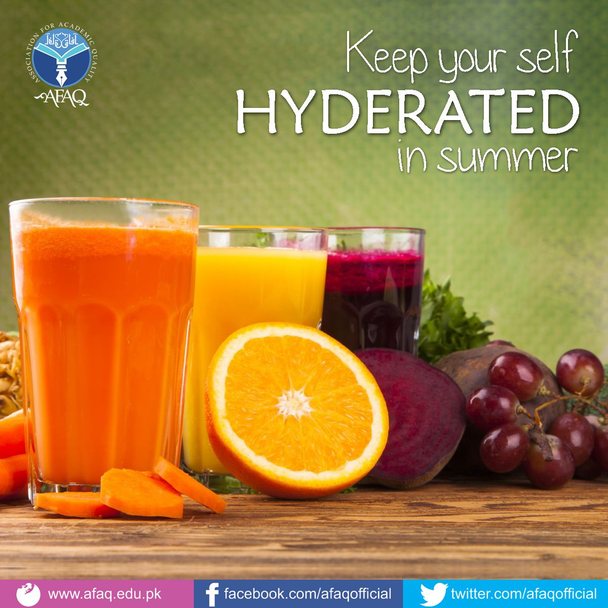 Keep hydrated in summer vegetable juice detox juice